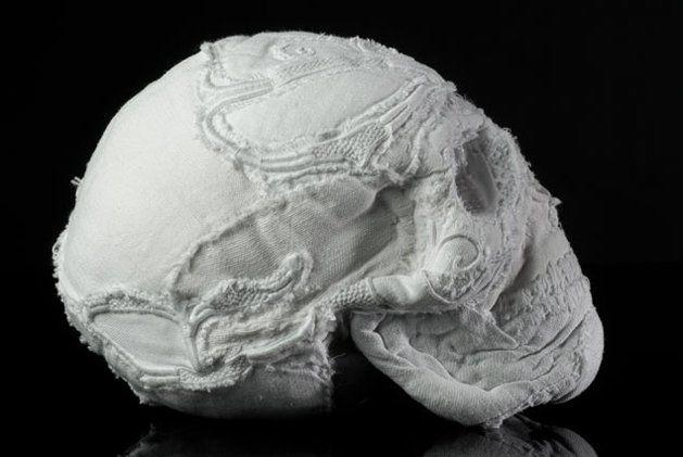 karine-jollet-fabric-sculpture-1.jpg (629×421)