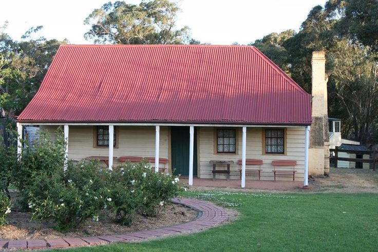 """Rose Cottage  Thomas and Jane Rose built their home in about 1811. Known as """"Rose Cottage"""" it was occupied by members of the Rose family continuously until the 1960s.  It is the oldest timber slab cottage in Australia."""