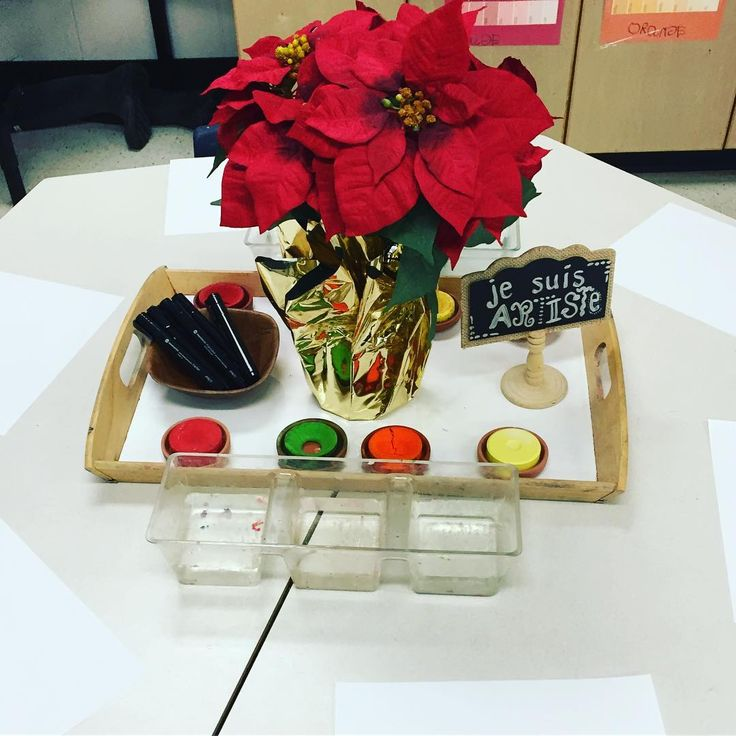 "37 Likes, 4 Comments - Laura King (@kindergartenteachertired) on Instagram: ""Observational painting and drawing with a poinsettia plant...the countdown is on! 5 more days of…"""