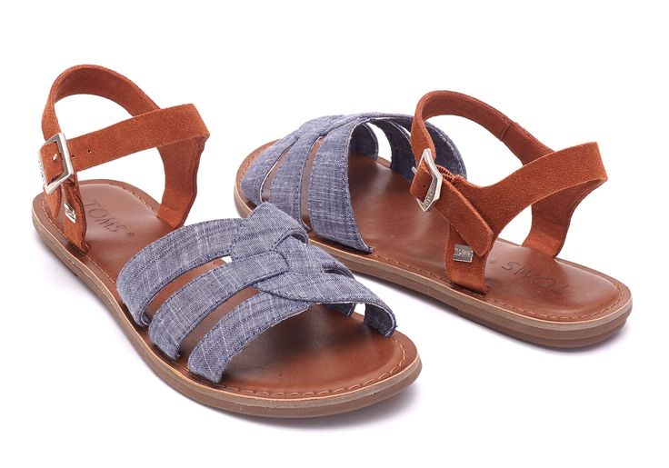 Enjoy sunny days in our charming Zoe Sandal. Inspired by water sandals, the Zoe features a cushioned insole guaranteed to make you smile.