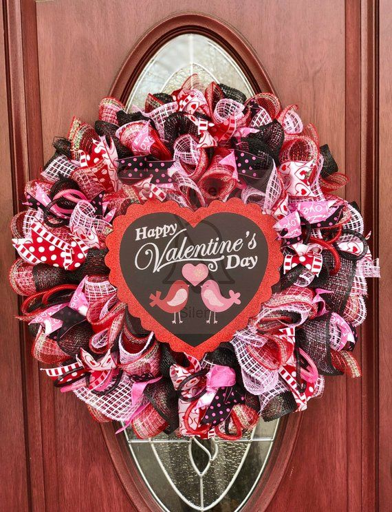 Get This Valentines Wreath And Make Your Neighbors Jealous Is So Full