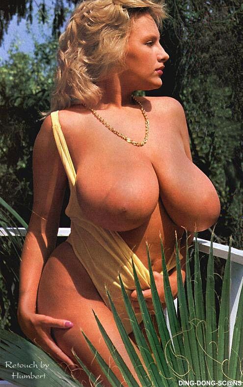 Посмотреть ретро фото девушек с большой грудью, смотреть русские порно ролики стриптиз