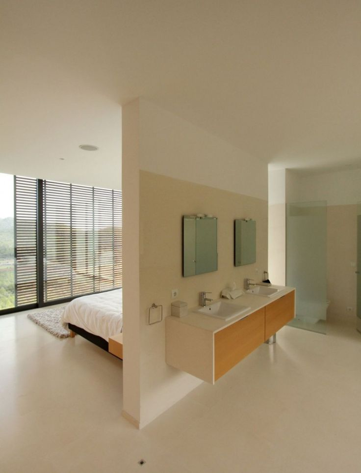 Open plan bathroom - would love this if I lived alone!