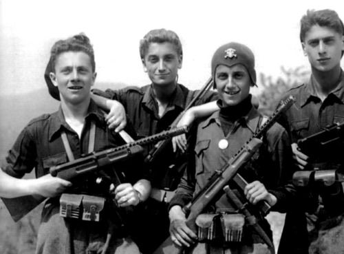 Italian Fascist members of the Black Brigades. They are equipped with Beretta Model 38 submachine guns. (Italy - 1944)