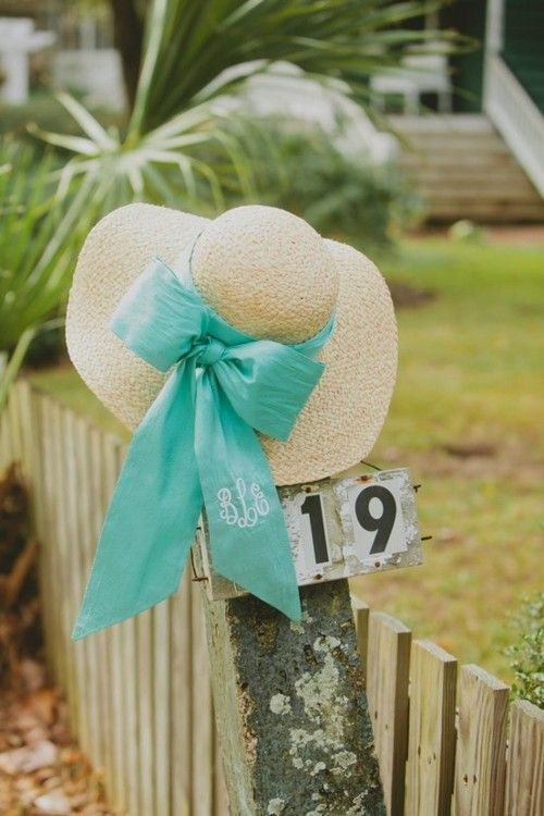 <3Summer Fashion, Straws Hats, Carolina Cups, Derby Hats, Big Bows, Floppy Hats, Monograms, Derby Parties, Sun Hats