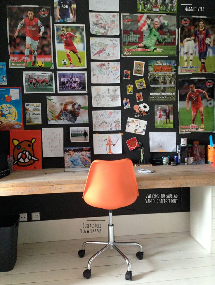 Soccerroom For A 8 Year Old Boy Www Facebook Roomtobediffe