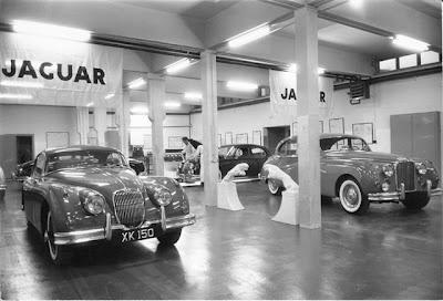 jaguar vintage garage
