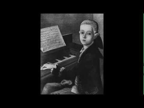 Mozart - Symphony No. 1 in E flat, K. 16 [complete]
