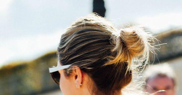10 peinados que te solucionan un 'bad hair day'  ||  Peinados rápidos y fáciles de hacer del street style de Paris Fashion Week. Moños deshechos, trenzas de dos cabos, coletas de lado... http://www.vogue.es/belleza/pelo/articulos/peinados-rapidos-y-faciles-de-hacer-del-street-style-de-paris-fashion-week/23828?utm_campaign=crowdfire&utm_content=crowdfire&utm_medium=social&utm_source=pinterest