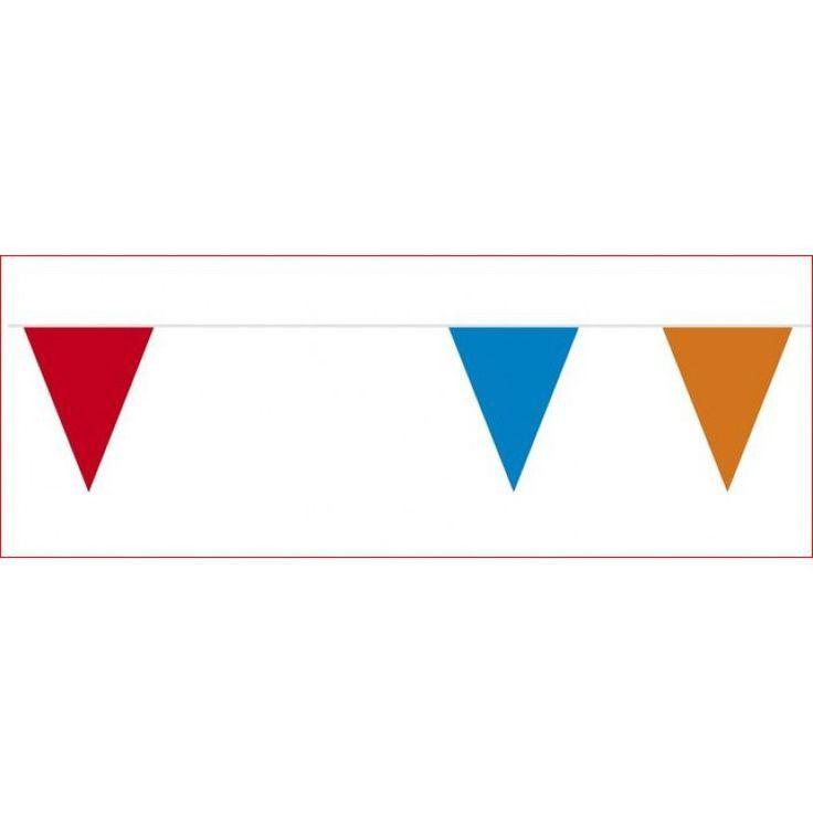 Deze vrolijke vlaggenlijn is door zijn lengte ideaal om je tuin of straat te versieren voor Koningsdag. Jouw WK feest slaagt met vlag en wimpel ! Vlaggenclub heeft nog veel meer vrolijke, originele Oranje versieringen en feestartikelen.