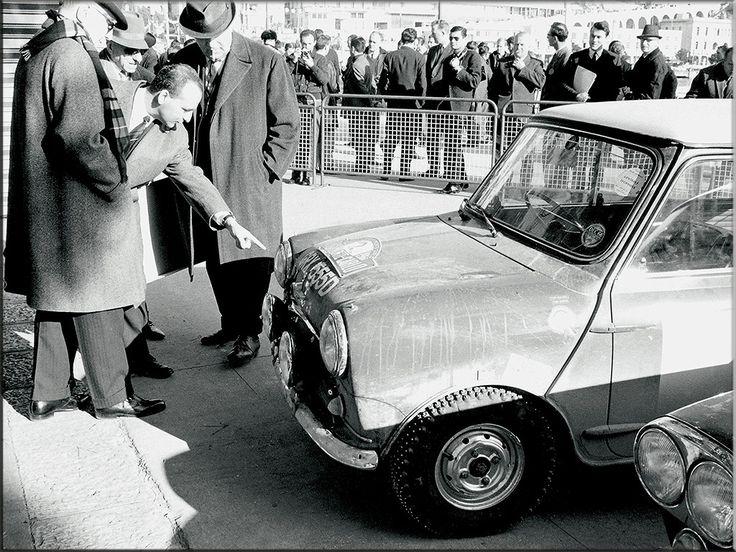 En 1966 tres Mini Cooper ocupan las tres primeras posiciones pero tras una reclamacion de Citroën por los faros usados fueron descalificados.