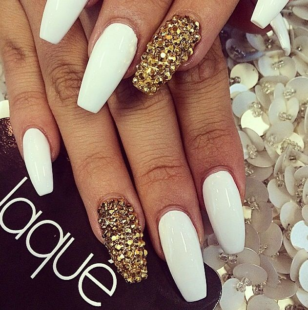 Nails, matte A little long :)