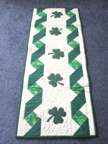 Hand-Made-Quilted-Table-Runner-Topper-Mat-Appliqued-Shamrocks-14-x-36