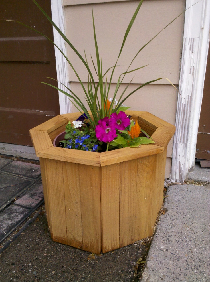 Octagon planter from old fencing.