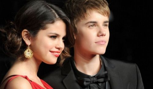 Justin Bieber & Selena Gomez Stay In Touch As He Heats Up... #SelenaQuintanilla: Justin Bieber & Selena Gomez Stay In… #SelenaQuintanilla