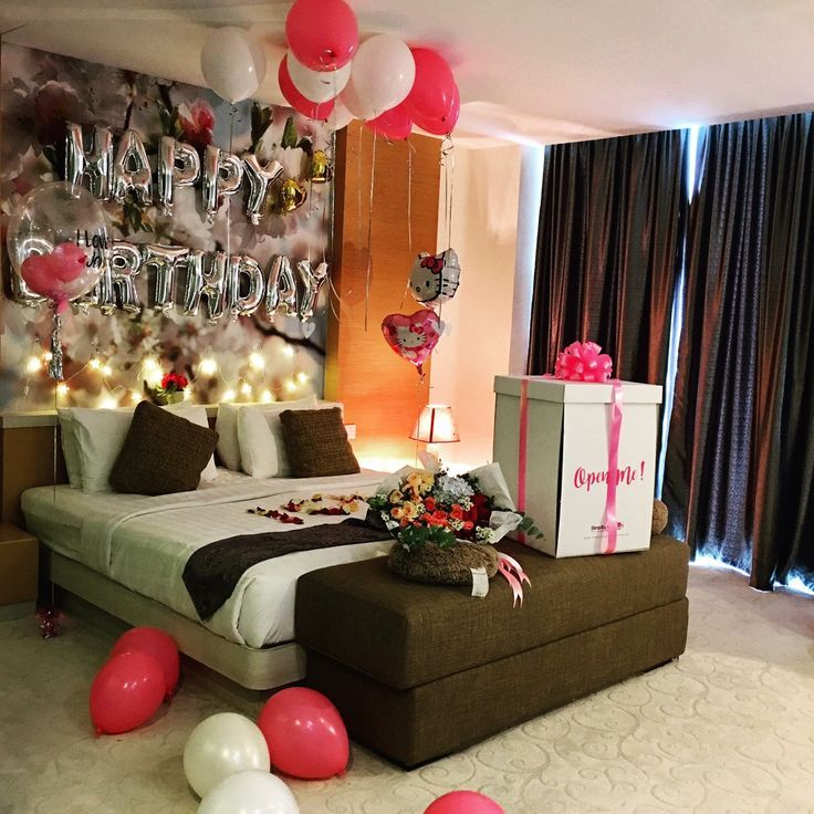 Create A Romantic Valentine's Day Bedroom Using Your 5