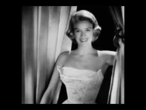 The Oz Hitztory Blog - The History Of the Australian Pop Singles Charts: Rosemary Clooney & The 1950s Housewife!