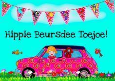 Verjaardagskaart Hippie Ibiza met hond en vintage meisje. Vogeltjes, bloemen en natuurlijk kleurrijke slingers.