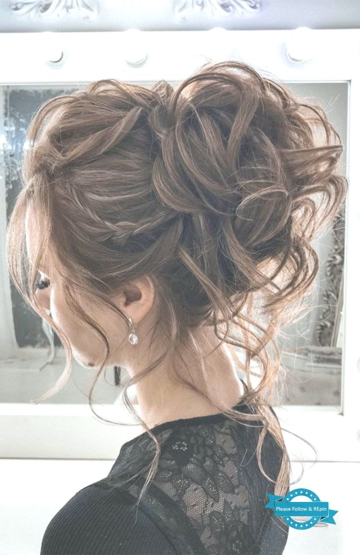 44 Romantic Messy Updo Hairstyles For Medium Length To Long Hair Messy Updo Ha Medium Length Hair Styles Loose Hairstyles Hair Styles