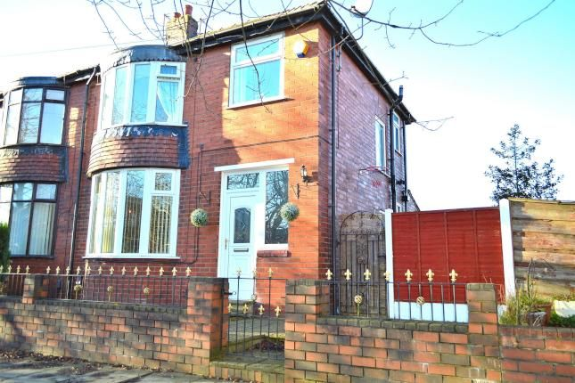 3 Bed Semi-detached House For Sale, Broadway, Chadderton, Oldham OL9, with price £159,995. #Semi-detached #House #Sale #Broadway #Chadderton #Oldham