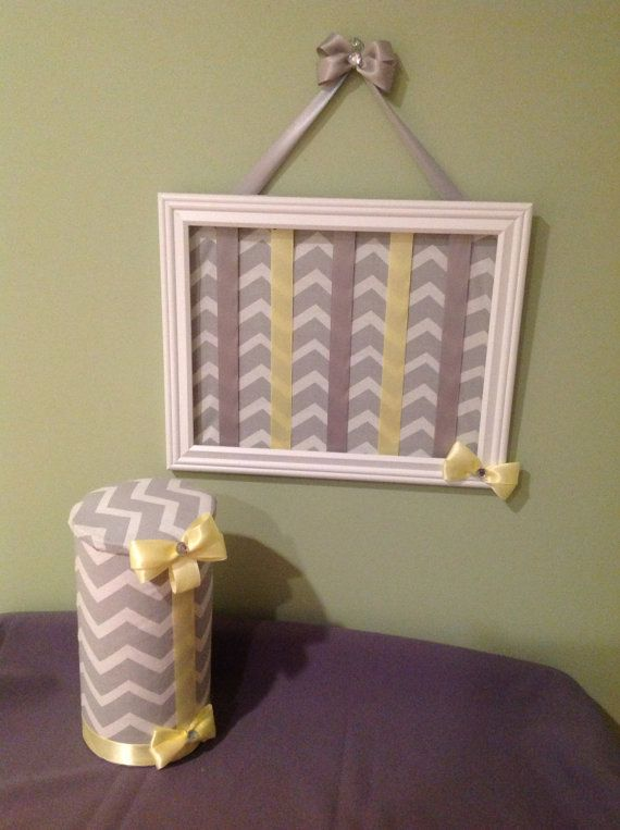 hairbow & headband holder...I would LOVE this in gray and pink