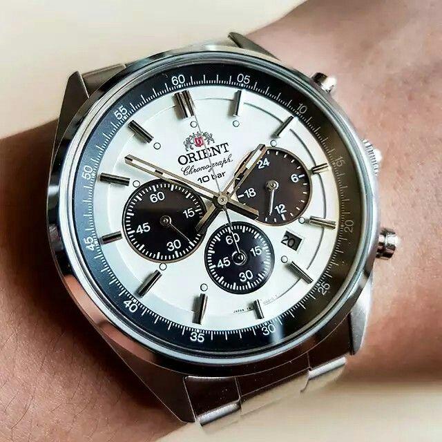 Orient neo 70's panda Chrono quartz wv0041tx