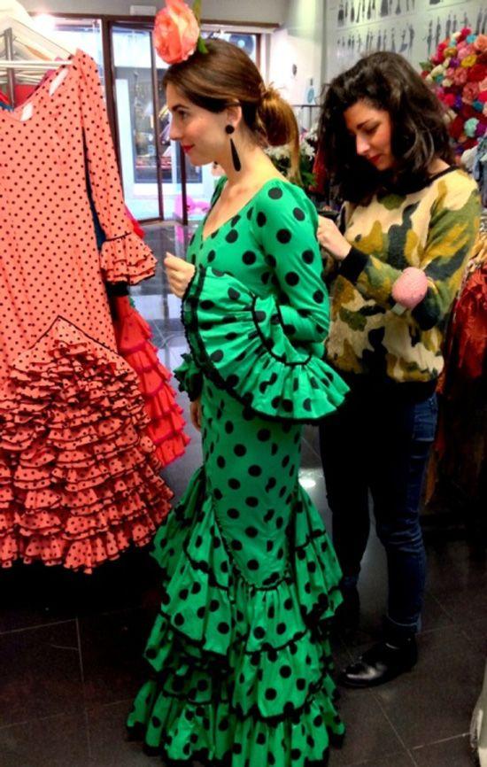 Cómo vestirse de gitana, parte II | Entre costuras por Lourdes Montes
