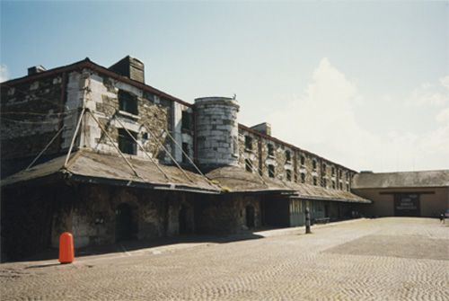 Bonded Warehouses, Custom House Quay