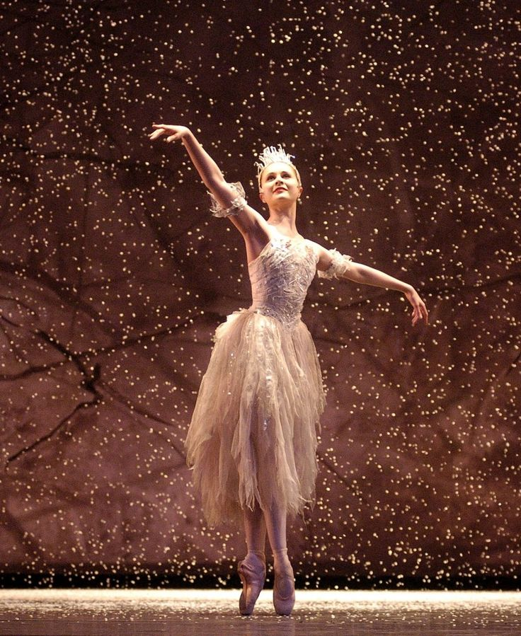 Jenna Roberts as The Snow Fairy in Birmingham Royal Ballet's The Nutcracker. Photo: Roy Smiljanic