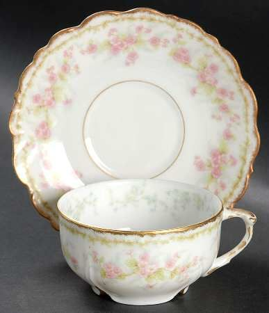 Your Favorite Brands, Vintage Cups & Saucers at Replacements, Ltd - Page 1
