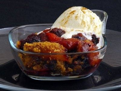 Crock Pot Blackberry and Peach Cobbler has a taste of it's own. Yum ...