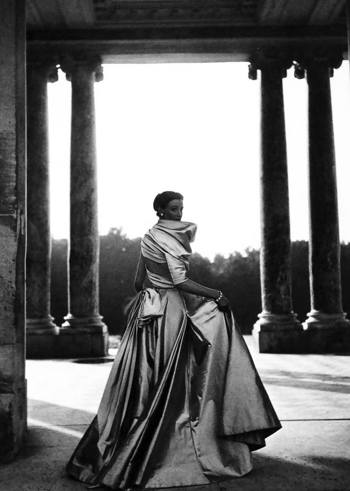 Dior: The Legendary Images.