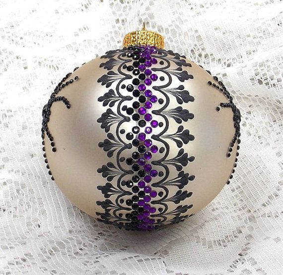 Spiders on White Hand Painted 3D MUD Ornament with Rhinestone Trim 242