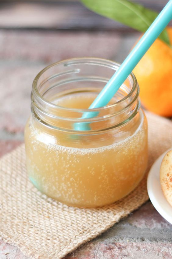 How to make probiotic sparkling apple juice. A healthy start to the new year this bubbly drink is packed with vitamins, minerals and is kid approved.