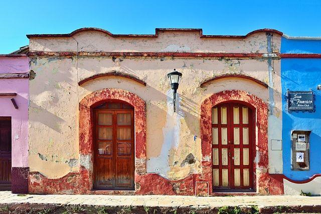San Cristobal, el encanto de una antigua faa § ade.