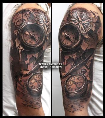 Tatuaje Realismo brújula compass - Miguel Bohigues - Vtattoo