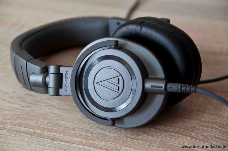 Die Audio Technica ATH-M50X bieten exellente Klangqualität und ein ausgesprochen ansprechendes Design.