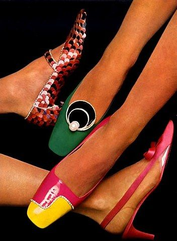 Shoes Charles Jourdan and Roger Vivier. L'Officiel December 1966