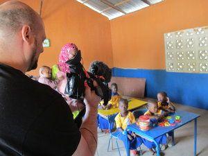 Ateistyczna szkoła w Gambii.