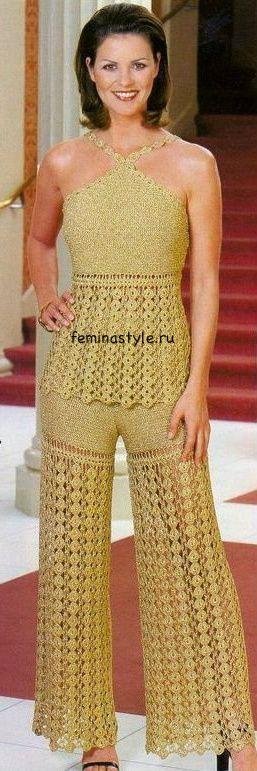 Топ и брюки, связанные крючком. http://feminastyle.ru/blog/Domovodstvo/Rukodelnica/712268_Zolotistyy_komplekt__top_i_bryuki_svyazannye_kryuchkom.html
