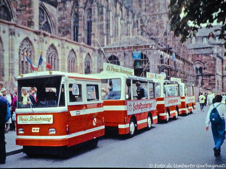 "... trenino turistico per ""City tour"" a Strasburg (F) - 03 set 1986 - © Umberto Garbagnati -"
