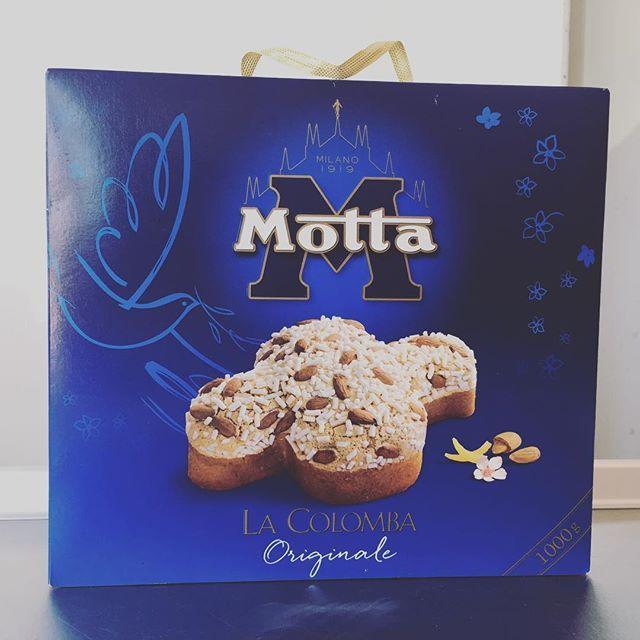Pentru că vine Paștele, în magazinele SuperMercato găsiți Colombe Italiene de la Motta! #SuperMercato #Paste #Colombe #pastefericit #pastefericittuturor #pastefericit2016