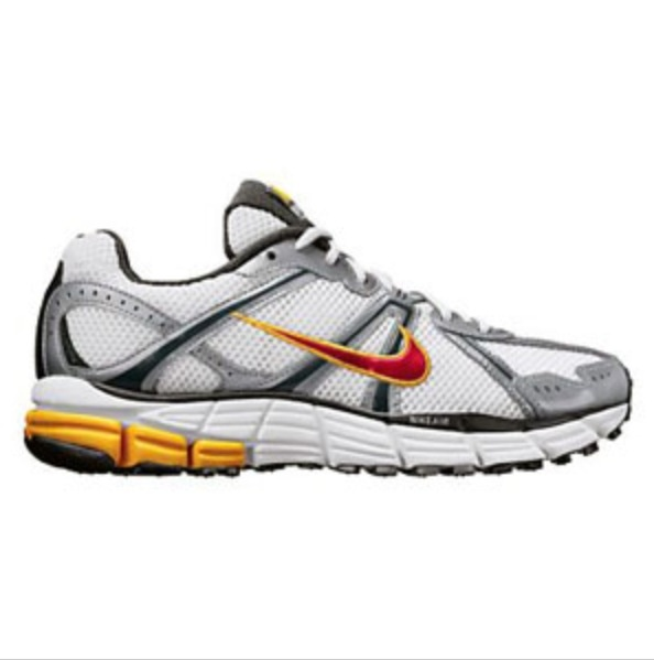 Nike Air Pegasus + 26