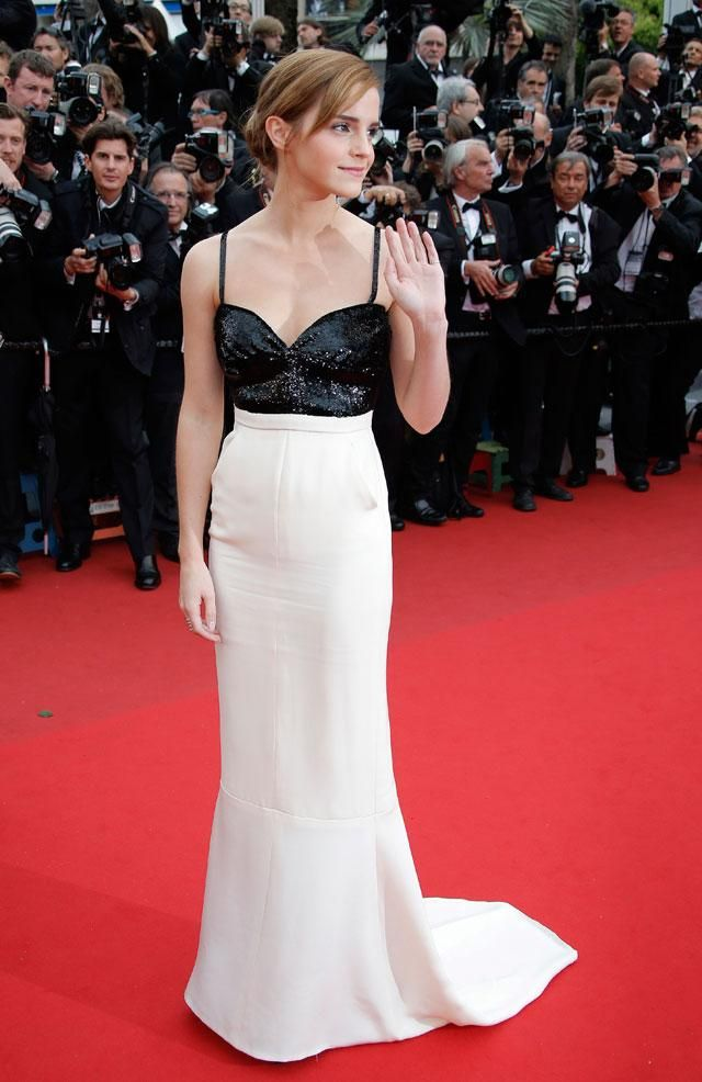Emma Watson luce muy sensual en alfombra roja. (Fotos: AP)