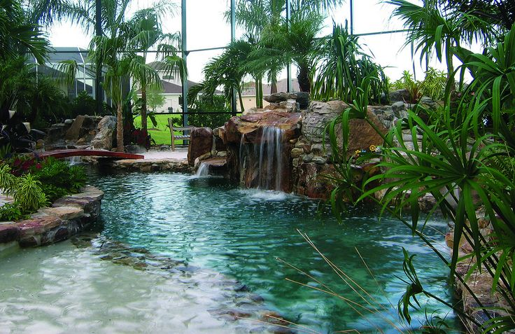 Entrance into Lagoon Pool   by lucas congdon