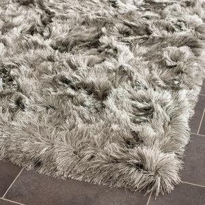 You gotta love this rug!! Paris Shag 8x10 Silver now featured on Fab. $435Paris Shag, Silken Silver, Fab Furniture, Area Rugs, Silver Shag, Safavieh Paris, Furniture Decor, Floors Rugs, Shag Rugs