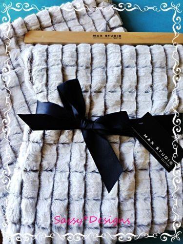 Max Studio Gorgeous Faux Fur Throw Blanket White Beige Tan