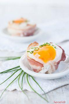 Eier-Speck-Muffins sind superschnell zubereitet! // Egg Bacon Muffins