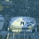Mira cómo hacen polvo este histórico estadio en segundos con 2 toneladas de dinamita  Un histórico edificio nos ha dicho adiós este pasado lunes. Se trata del estadio Georgia Dome de Atlanta, en el que se albergaron parte de los Juegos Olímpicos de 1996 (en él se celebraron las competiciones de gimnasia, baloncesto...