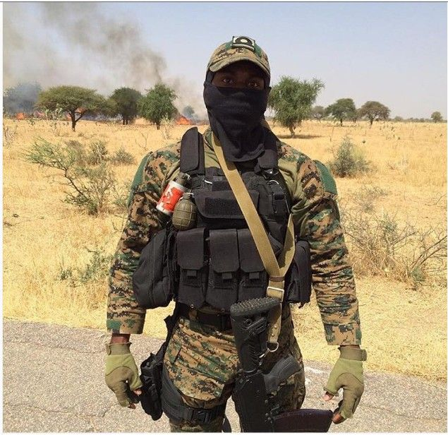 Nigerian AFSF (combined SOF unit) member against Boko ...  Nigerian Army Special Forces